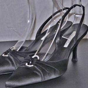 OSCAR DE LA RENTA Italy Crystal Rhinestone Shoes 8